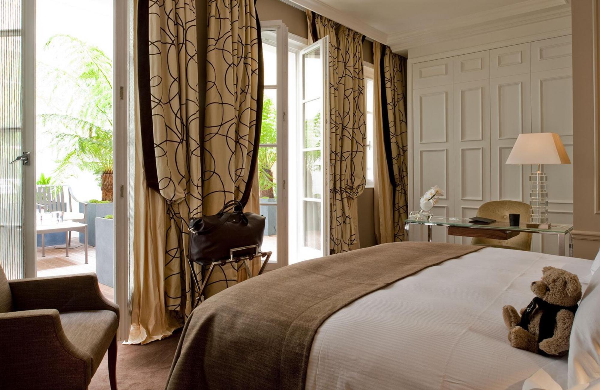 Le Burgundy Paris - Classic Room